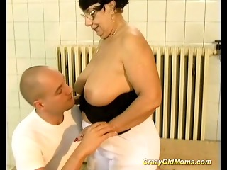 brunette busty old mom gets big cock fucked by younger guy